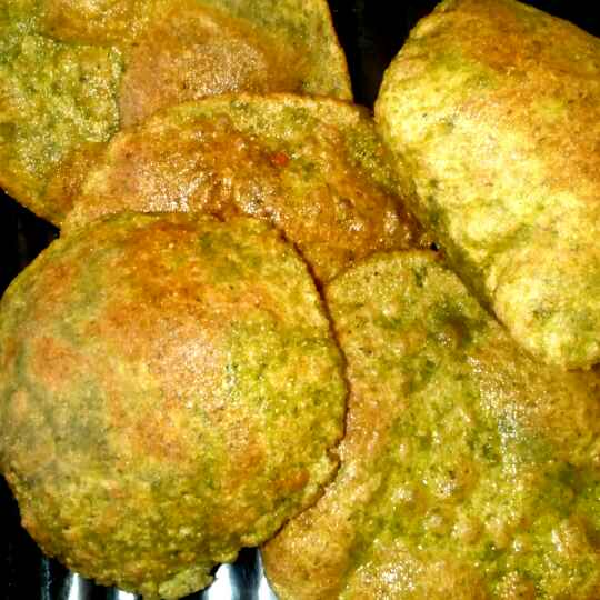 How to make Bathua ( Cheel Bhaji) Puri