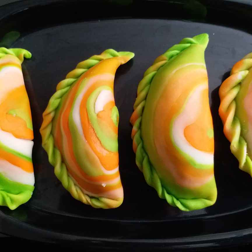 Photo of COLOURFUL Gujiya by Rakhi Mehrotra at BetterButter