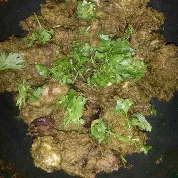 How to make Hyderabadi green chicken
