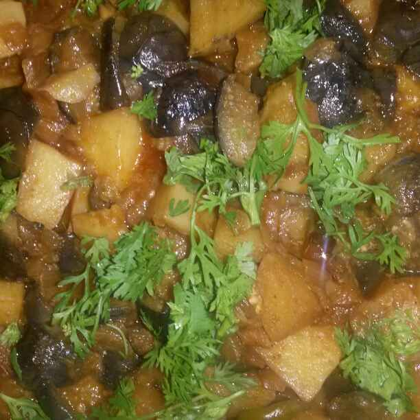 Photo of Aloo brinjal curry by Ram Ram at BetterButter