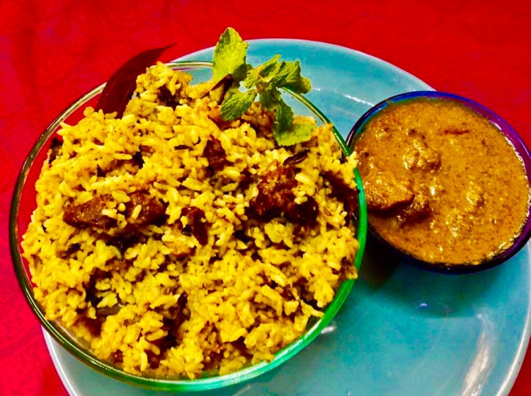 Photo of KAI YENDHI BHAVAN MUTTON BIRIYANI WITH COUNTRY CHICKEN GRAVY ! by Ramani Thiagarajan at BetterButter