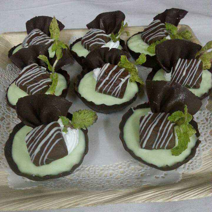 Photo of White chocolate mint mousse with dark chocolate katori by Rana Sen at BetterButter