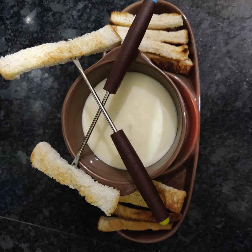 Photo of Quick cheese fondue by rashi jain at BetterButter