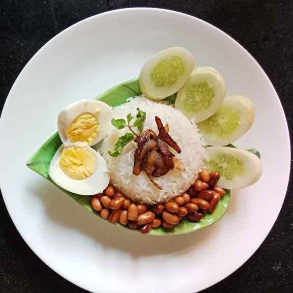 How to make Nasi Lemak