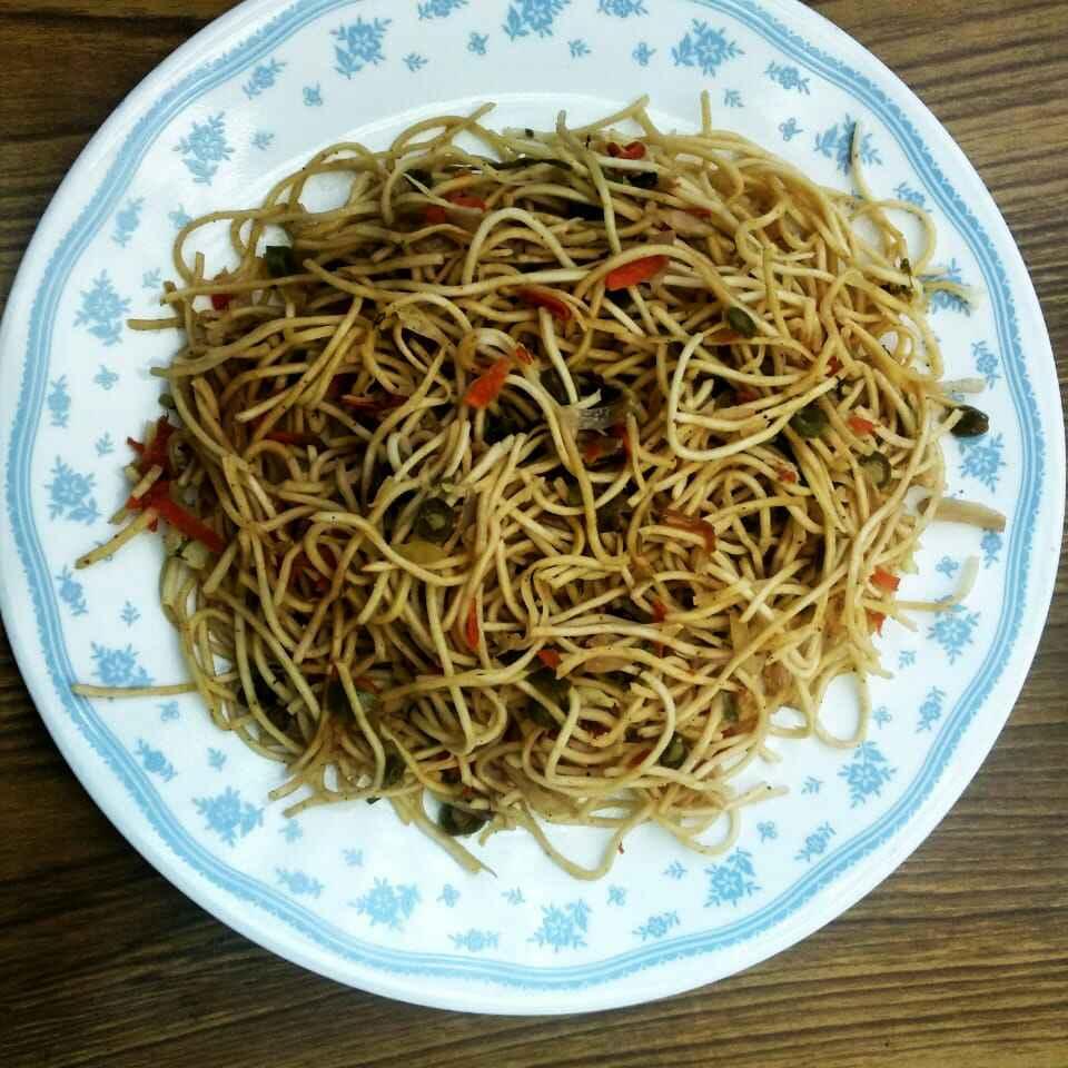 Photo of Veg hakka noodles by Rashmi SudhiMurthy at BetterButter