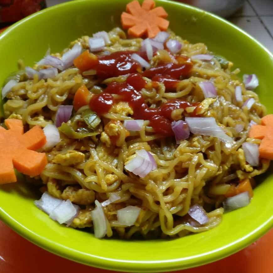 Photo of Egg maggi noodles by Ravikumari Ardhani at BetterButter