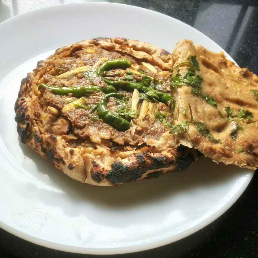How to make Stuffed aate matar kaa kulcha