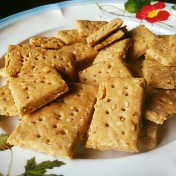 Photo of Whole Wheat Crackers With Sesame Seeds by Ravneet K at BetterButter