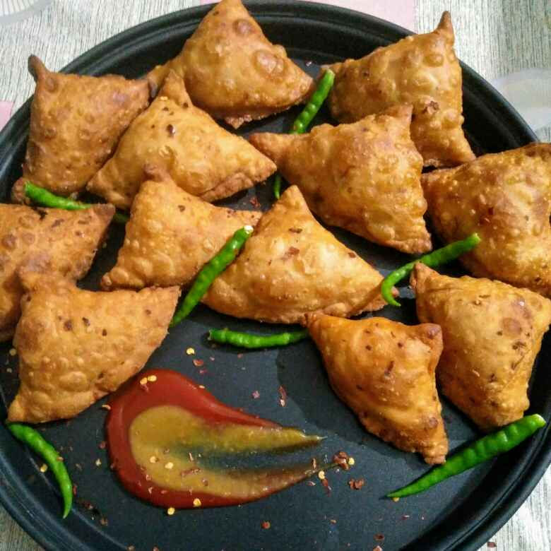 Photo of Chinese samosa / noodles samosa by Reena Andavarapu at BetterButter