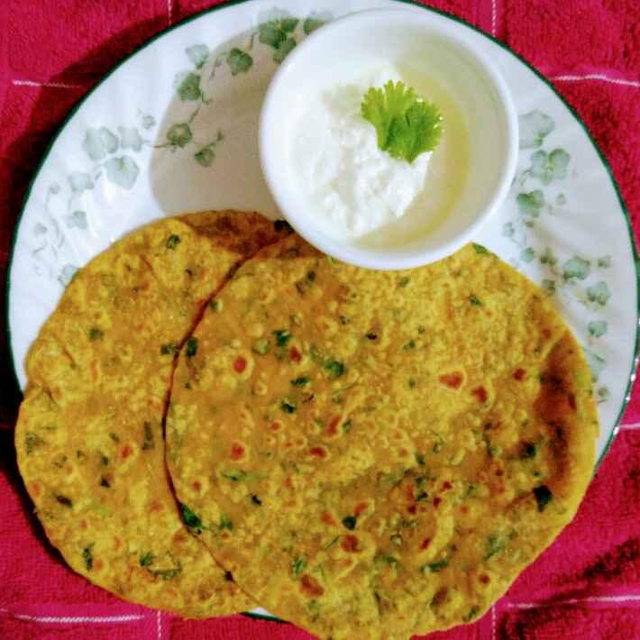 How to make Methi parathas/methi chapatis