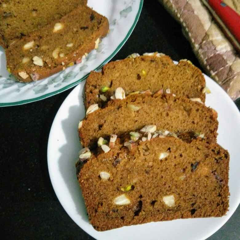 How to make Dates and nuts loaf