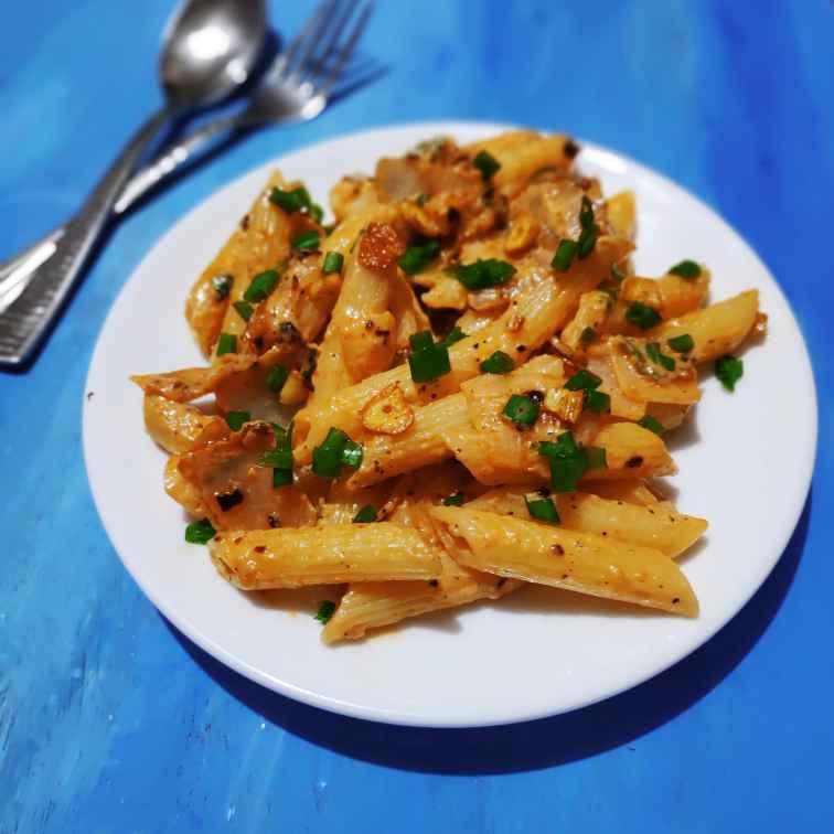 How to make बर्न्ट गार्लिक पास्ता