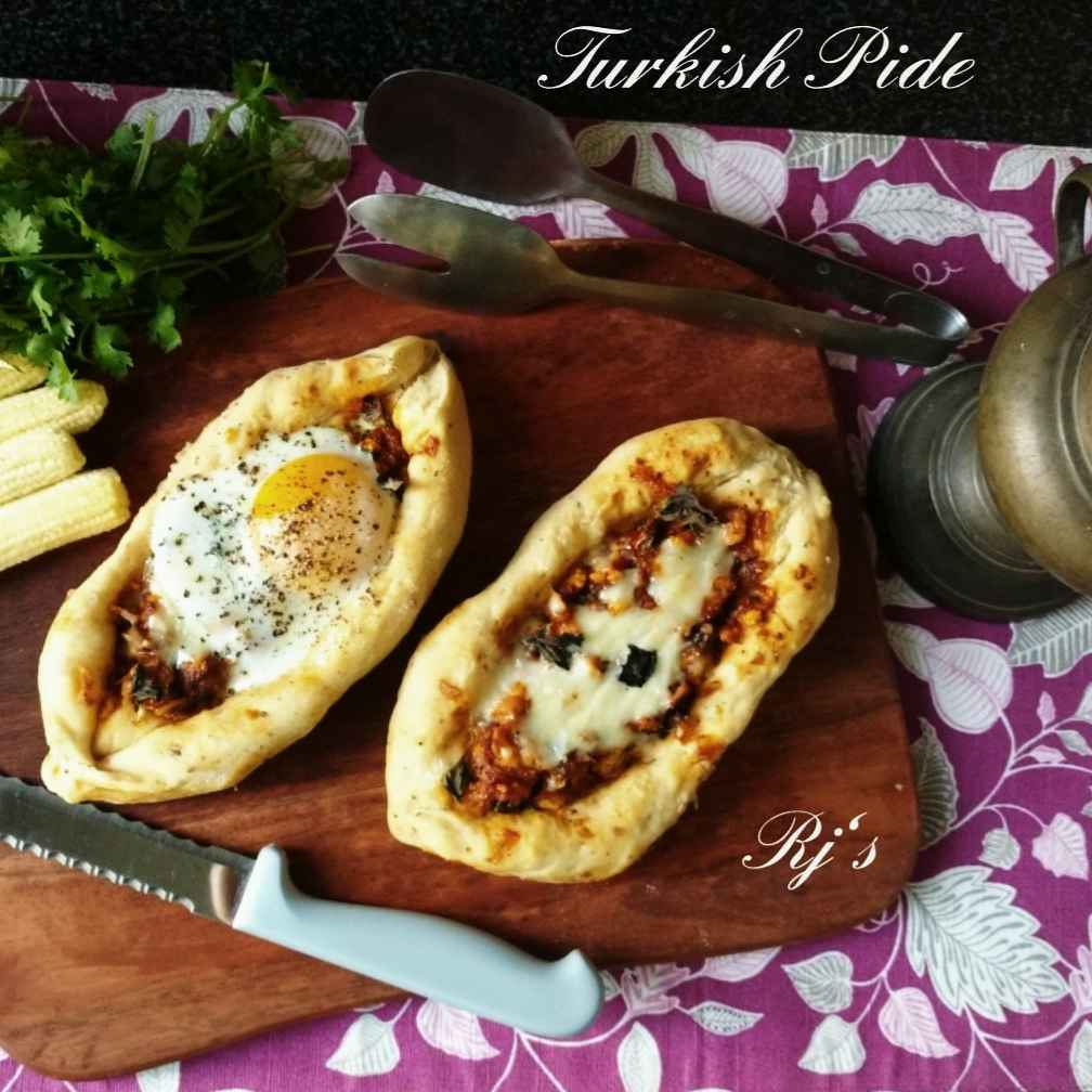 How to make Turkish stuffed Pide