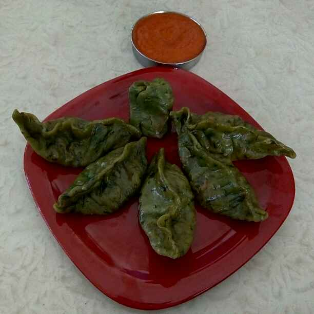 Photo of Steamed Spinach Momos with Momo Chutney by Rekha Unni at BetterButter