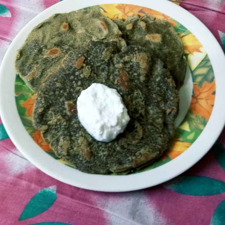How to make Jowar Palak Roti