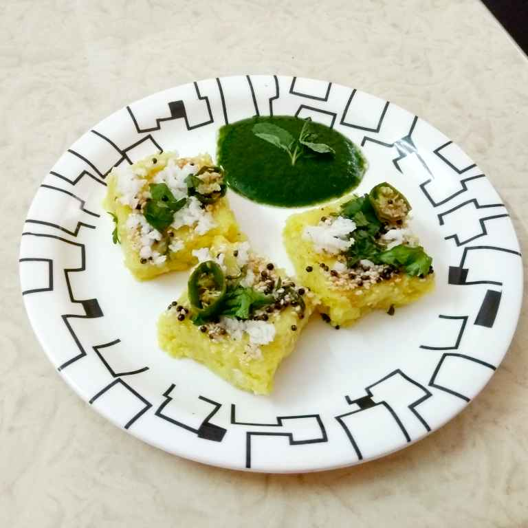 How to make Poha Dhokla & Green Chutney