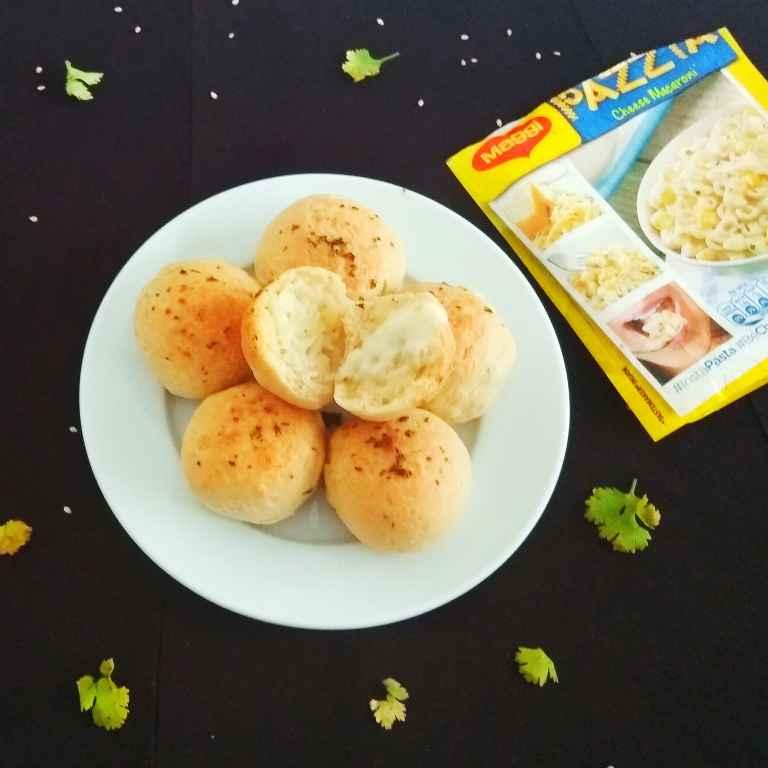 How to make Maggi Pazzta Garlic Cheese Bombs