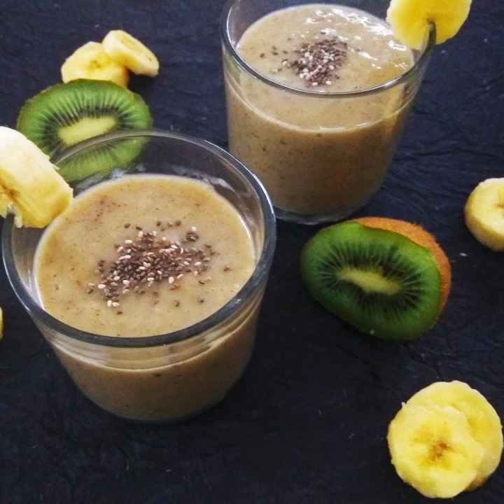 Photo of Kiwi Banana Smoothie by Rekha Unni at BetterButter
