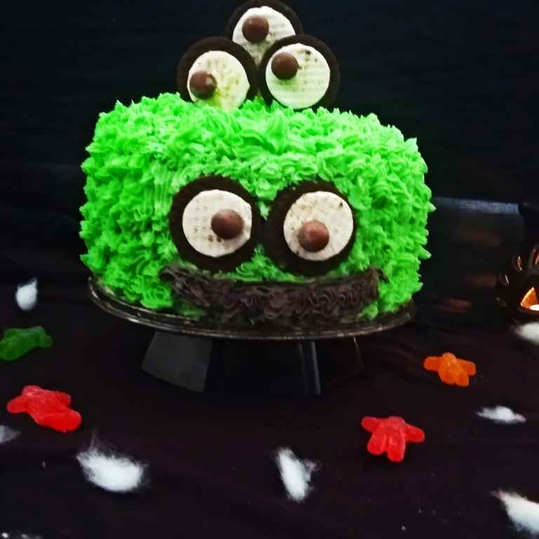 Photo of Monster Oreo Cake with Oreo Buttercream Frosting by Rekha Unni at BetterButter