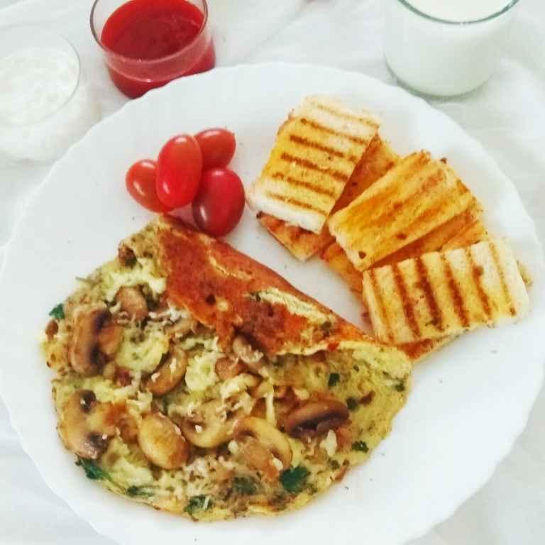 How to make Cheesy Mushroom Omelette