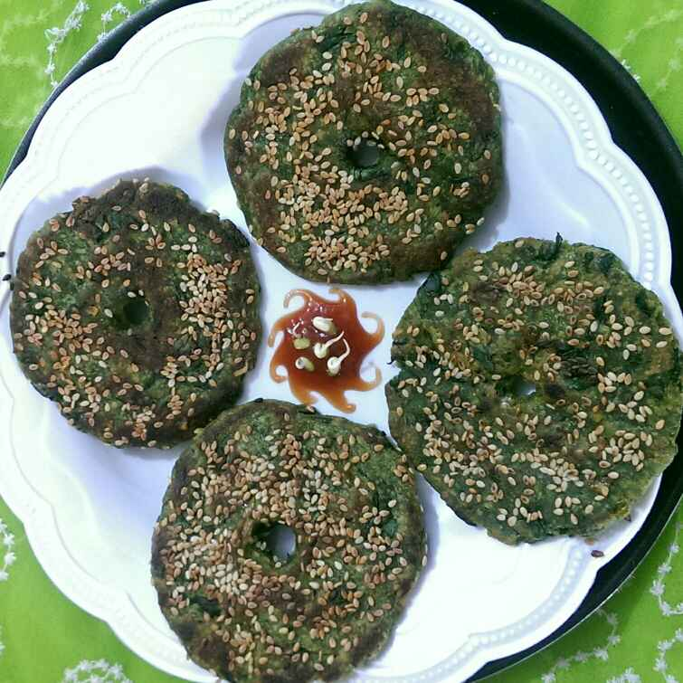 How to make Spinach Thalipith