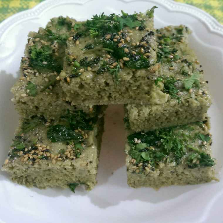 Photo of Moong dal Spinach dhokla by Rekha Varsani at BetterButter