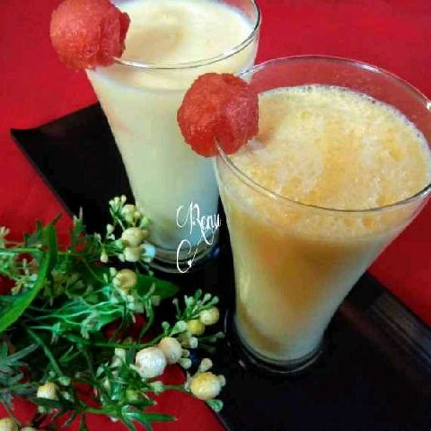 How to make Muskmelon Lassi