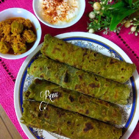How to make Palak Lacchha Paratha