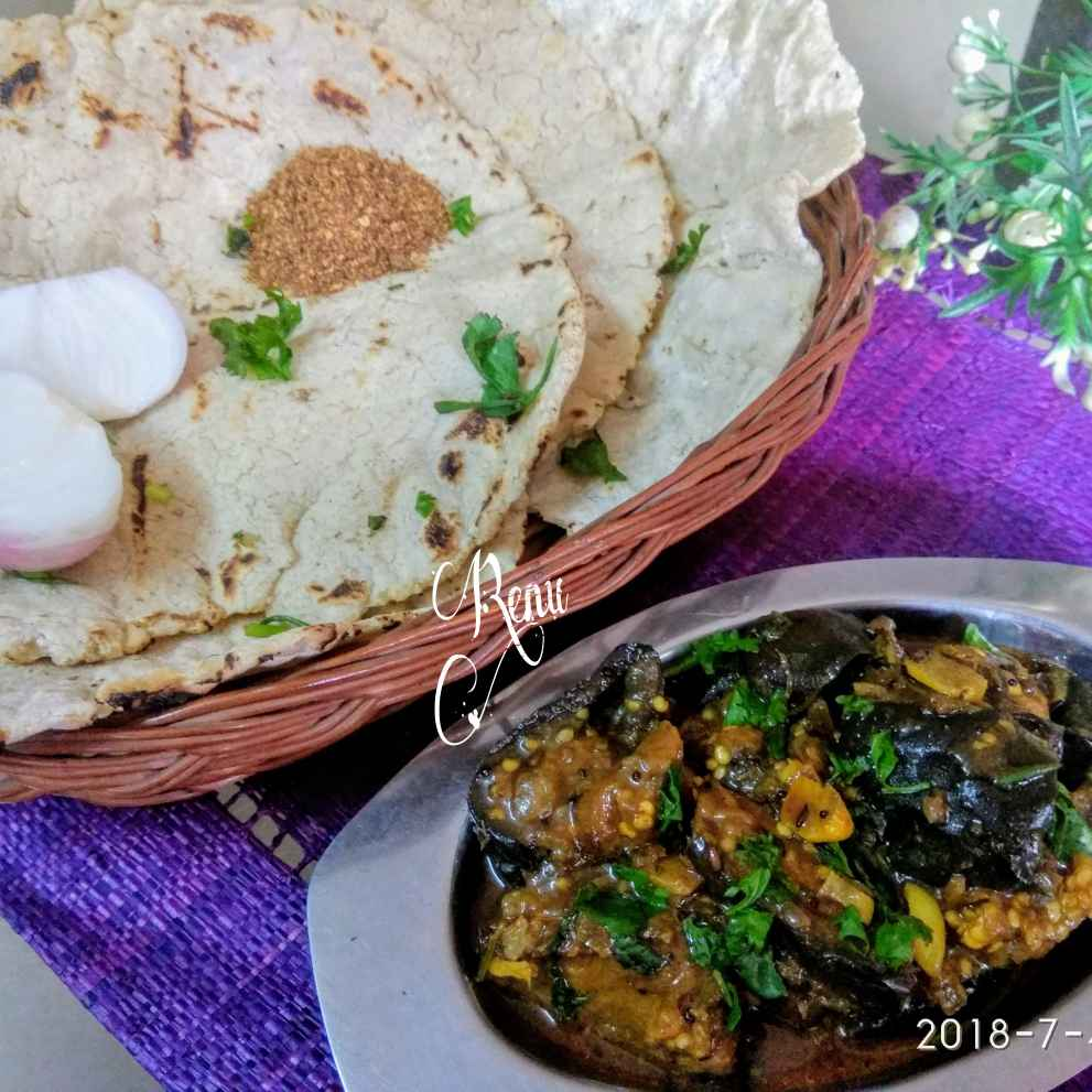Photo of Jowar Bhakari / Jowar Indian Bread by Renu Chandratre at BetterButter