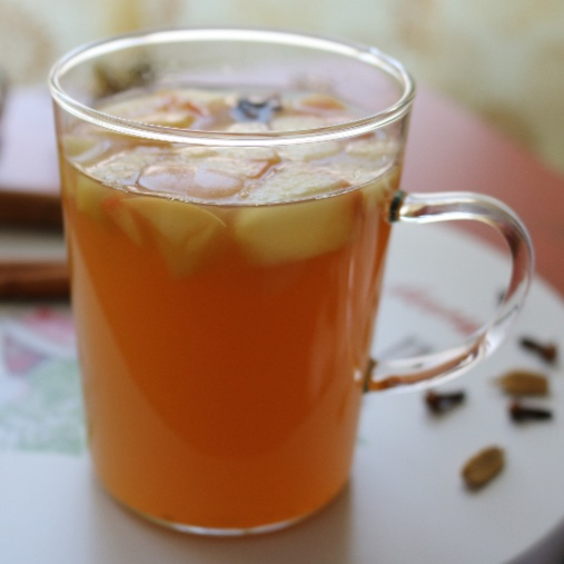 How to make Apple Kinderpunsch (Spiced Apple Juice)
