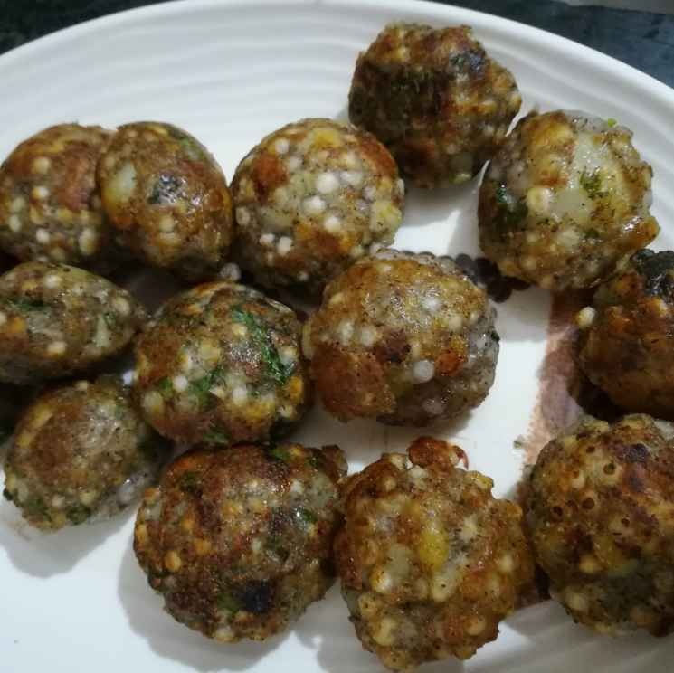How to make Sago and potatoes appe