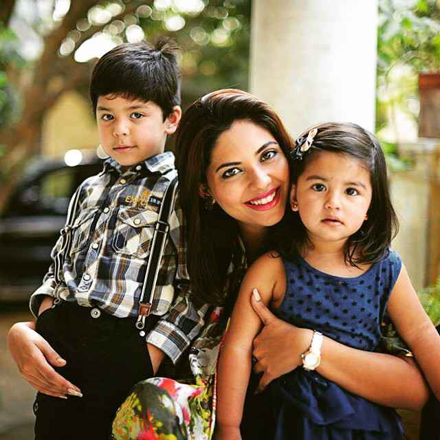 Rhiya Haldar food blogger
