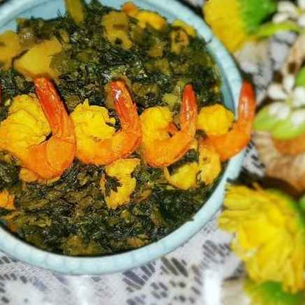 How to make Shrimp with Gram's sag or greens