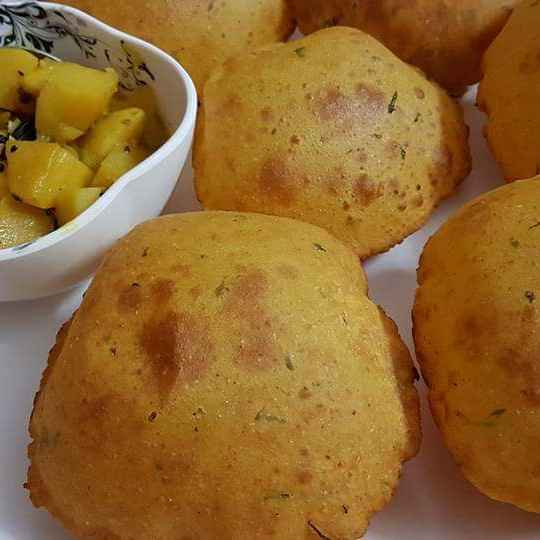 Photo of Potato Puri by Rickta Dutta at BetterButter
