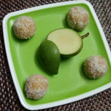 How to make Khatte Meethe Ladoo