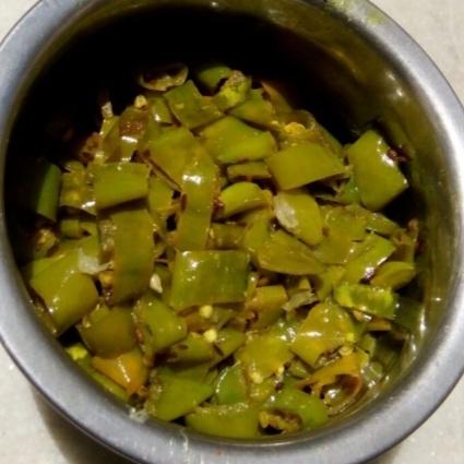 How to make Mirchi ki Sabji