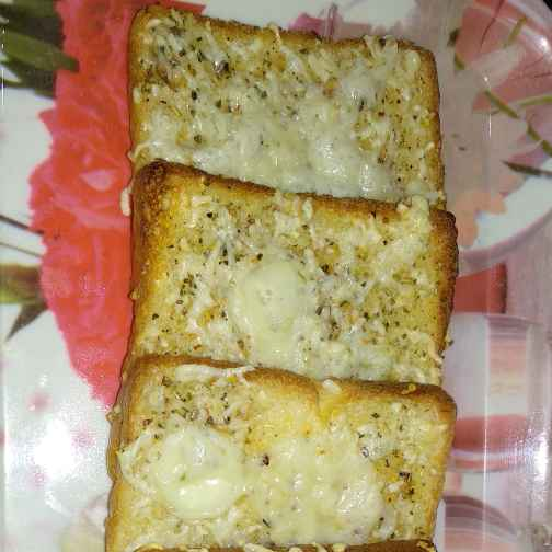 Photo of Cheesy garlic bread by Rimjhim Agarwal at BetterButter