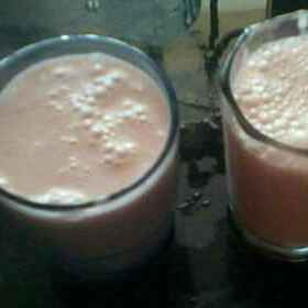 How to make Strawberry shake