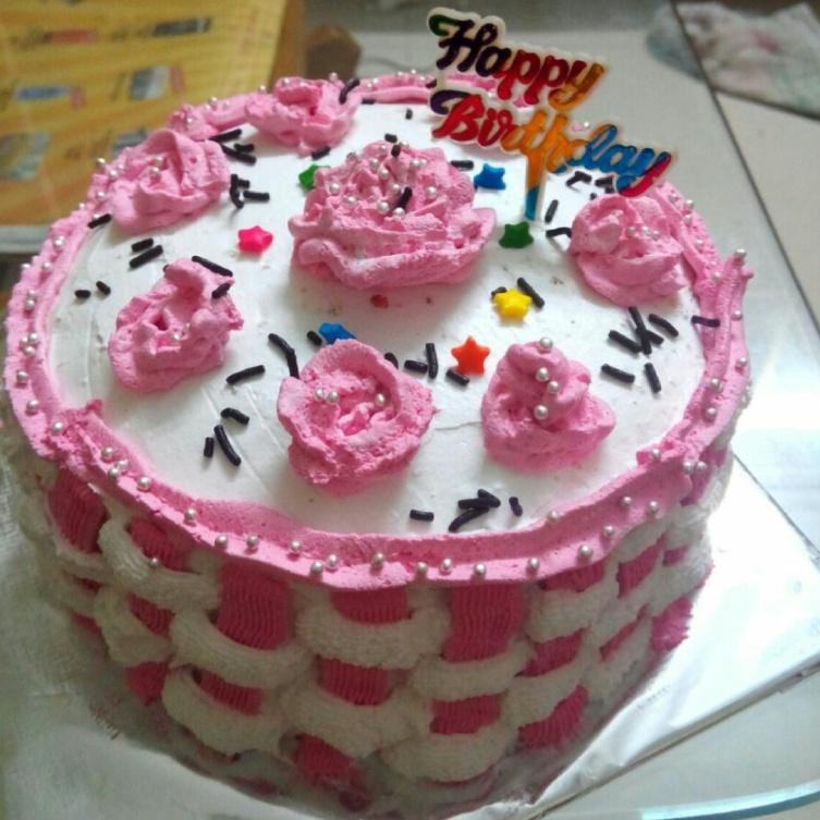 Photo of rasbhari cake by Rina Suthar at BetterButter