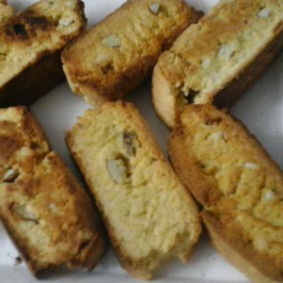 How to make Nutty biscotti