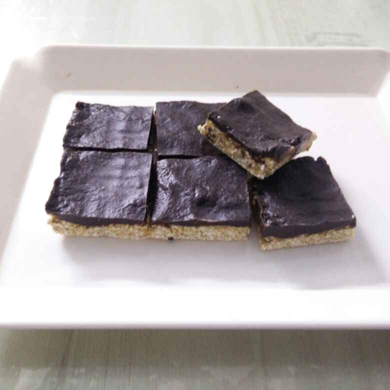 How to make Healthy Chocolaty Oat Bars