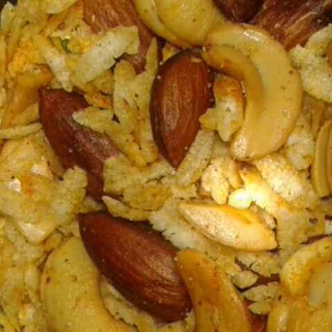 Photo of Dry Fruit Poha Namkeen by Rita Arora at BetterButter