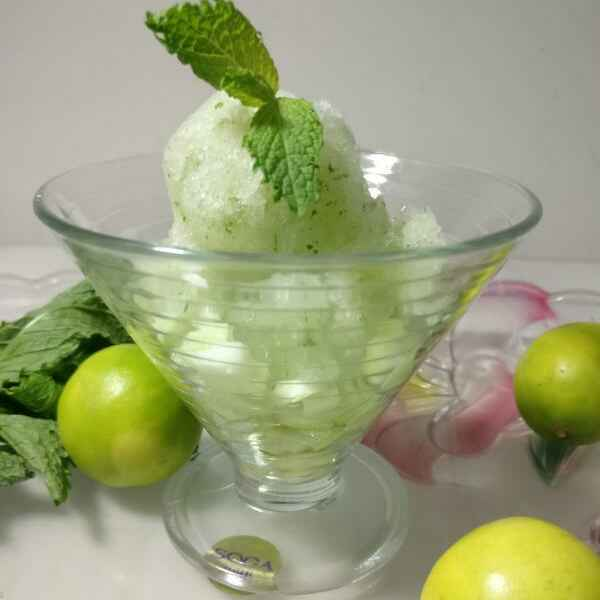 How to make PICKLED CUCUMBER MINT GRANITA