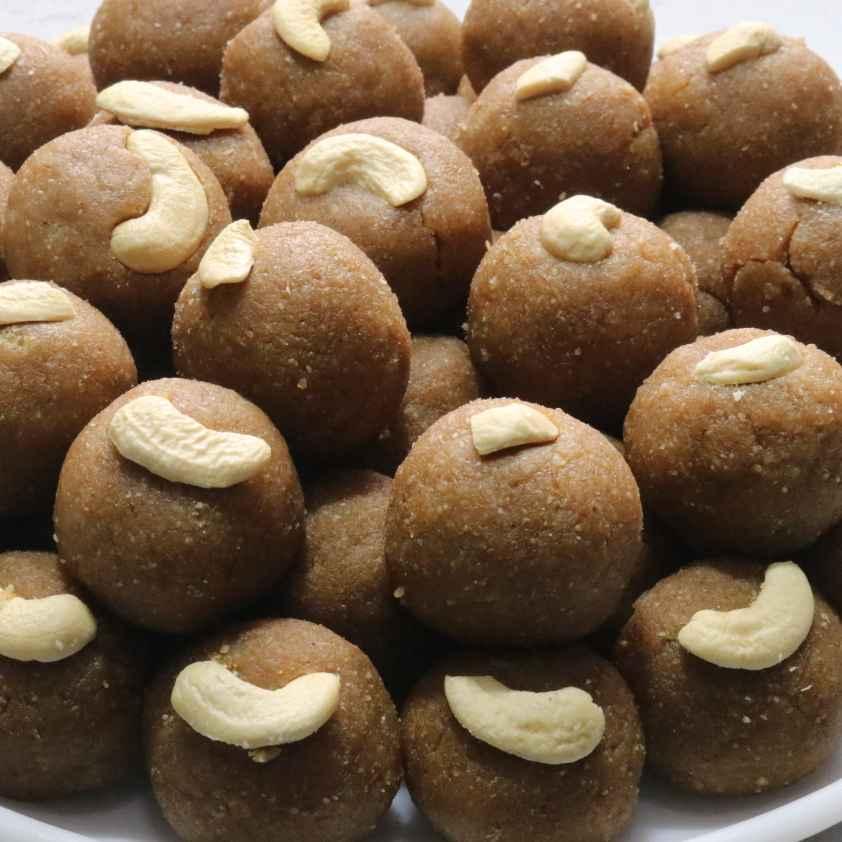 How to make Kaskaas pinni (poppy seeds, khus khus)
