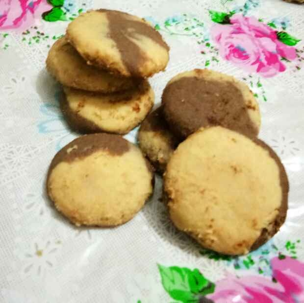 Photo of Cocoa cashew cookies by Ritu Chaudhary at BetterButter