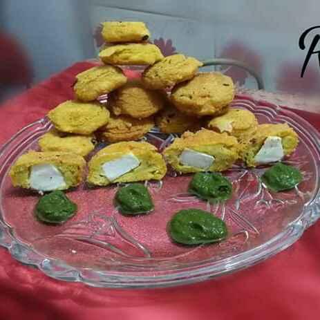Photo of Paneer kalmi vada by Riya Dhiman at BetterButter