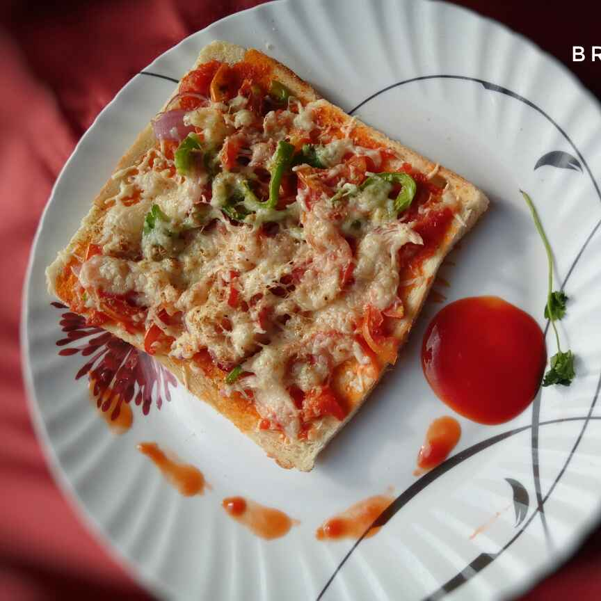 Photo of Jambo bread pizza by Riya Dhiman at BetterButter