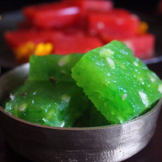 How to make Bombay Halwa / Karanchi Halwa