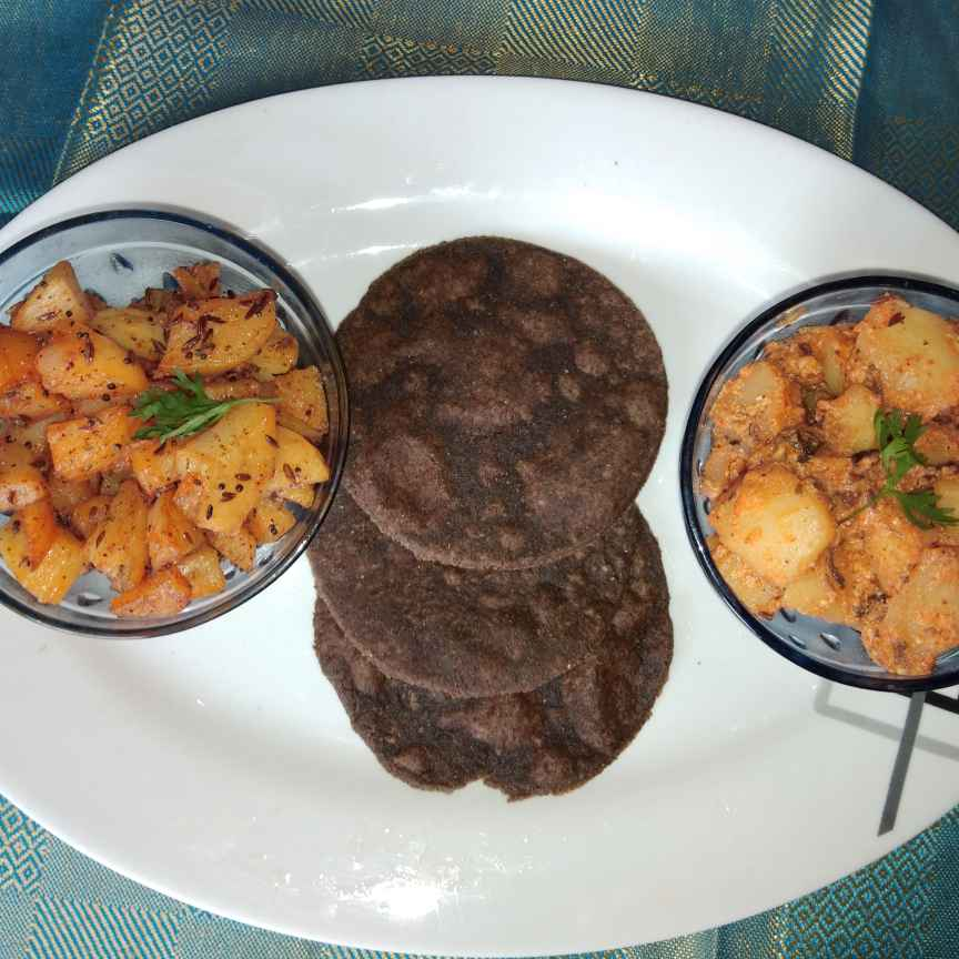 Photo of Kuttu atte ke poori by Sree Vaishnavi at BetterButter
