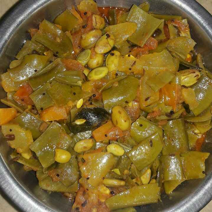 Photo of Broad bean tomato curry by Sree Vaishnavi at BetterButter
